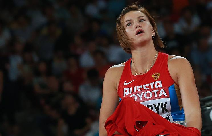 Аксёнова, Ребрик и Рудакова допущены до международных стартов