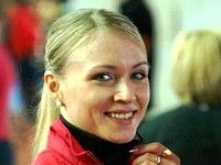 Анна Альминова выигрывает 1500 метров