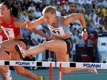 Дектярева и Дремин выиграли барьерный спринт