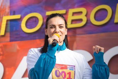 Возвращение Елены Исинбаевой!