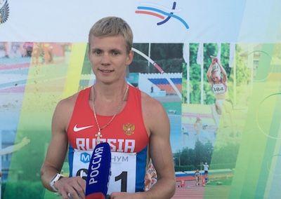 Толоконников и Баздырева лучшие на 800 м