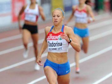 Чемпионы в беге на 400 метров
