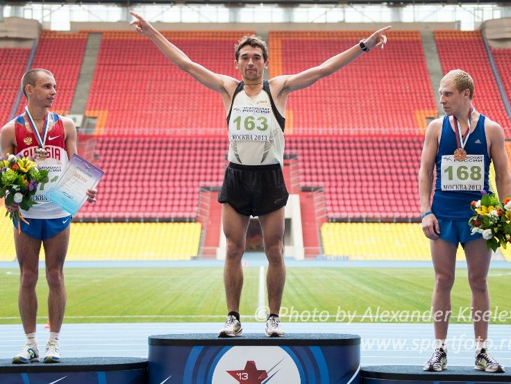 Артем Аплачкин — чемпион России по марафону